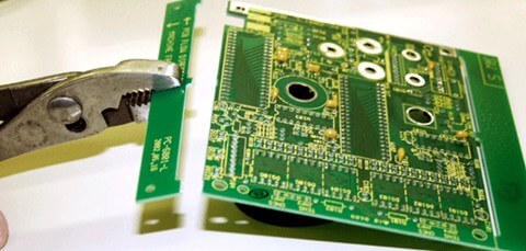 Breakaway tabs for PCB panelization
