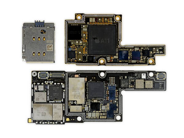 iPhone Mainboard