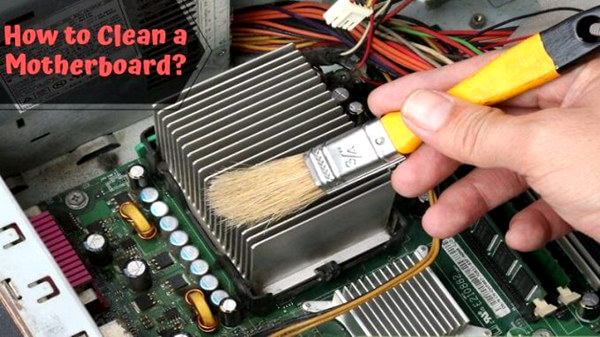 clean a circuit board with soft brush